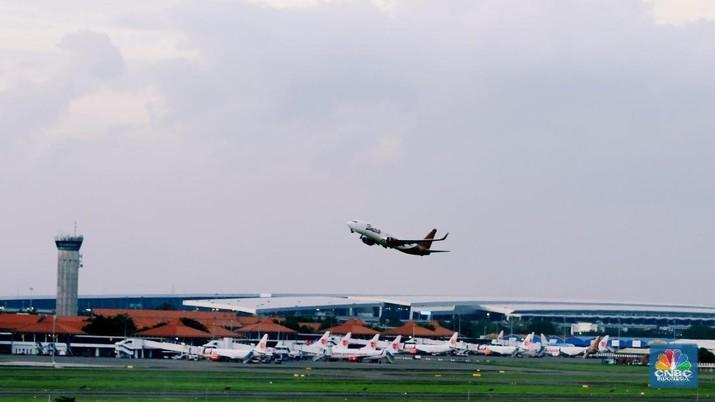 Terbang Makin Mahal: PP dari Jakarta-Papua Bisa Rp 10 Juta?