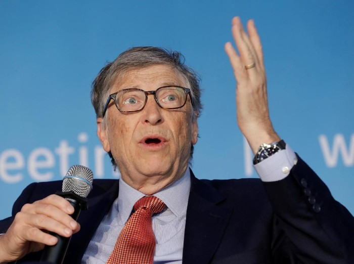 Bill Gates reveals the difference between Elon Musk and Steve Jobs